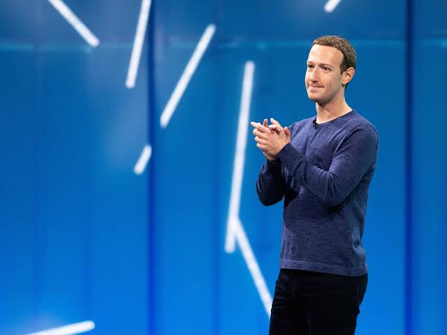 Chris Hughes Facebook co-founder says Zuckerberg is becoming too powerful.