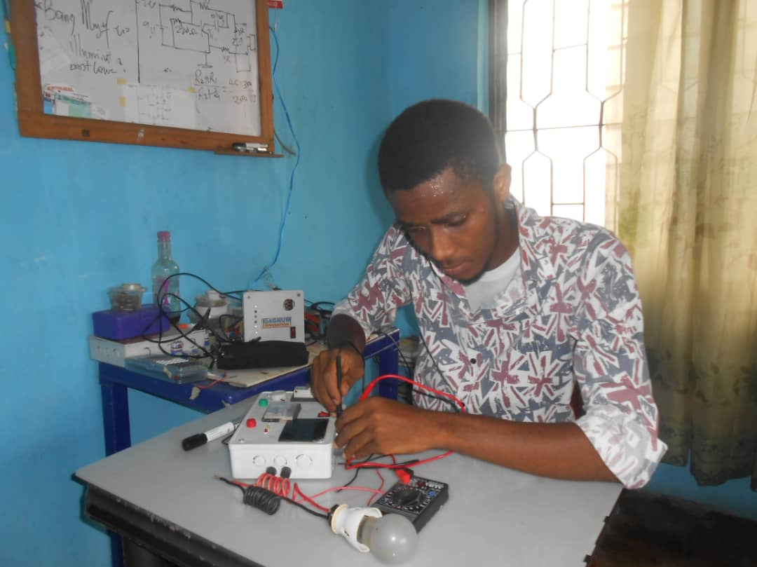 MEET THE YOUNG NIGERIAN WHO IS DOING WONDERS IN TECH HARDWARE.